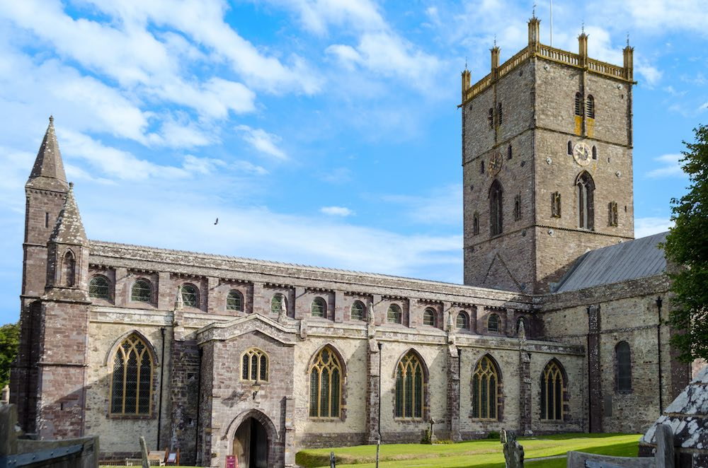 St-Davids-Peninsula-Cottages-St-Davids-Cathedral-Homepage