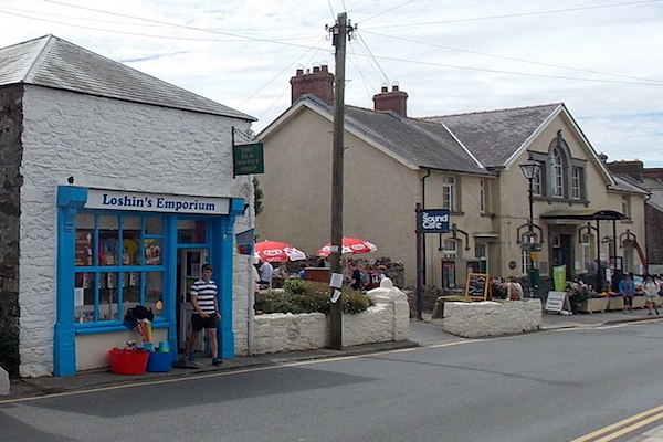 Activities-Shopping-St-Davids-Peninsula-Cottages
