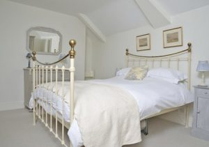 Bwthyn Gwe Bedroom - St Davids Holiday Cottages Pembrokeshire Exterior