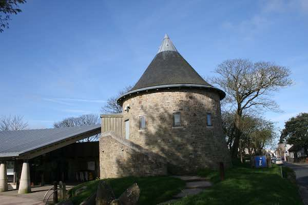 St Davids Tourist Information Centre Pembrokeshire.JPG