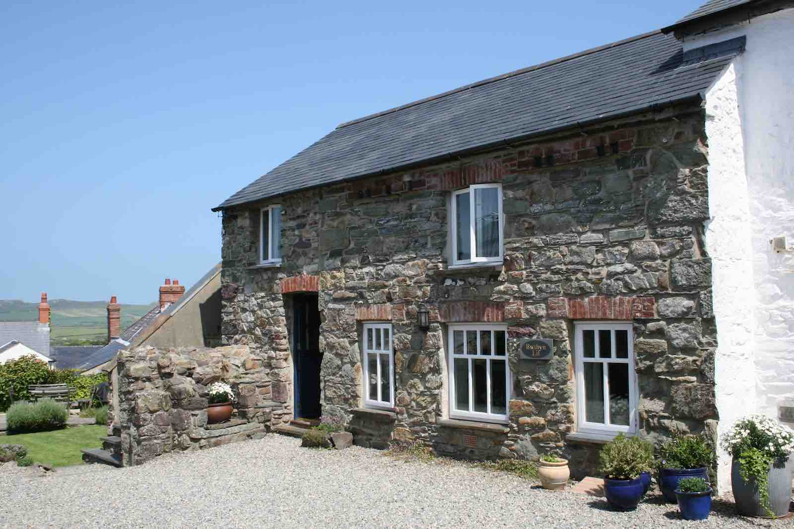 Bwthyn Lil Pembrokeshire Holiday Cottages St Davids